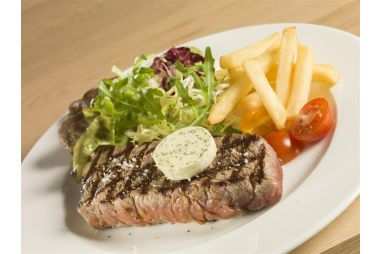 Gegrilde steak met lookboter
