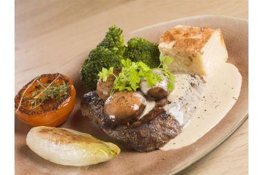Steak met warme groentjes